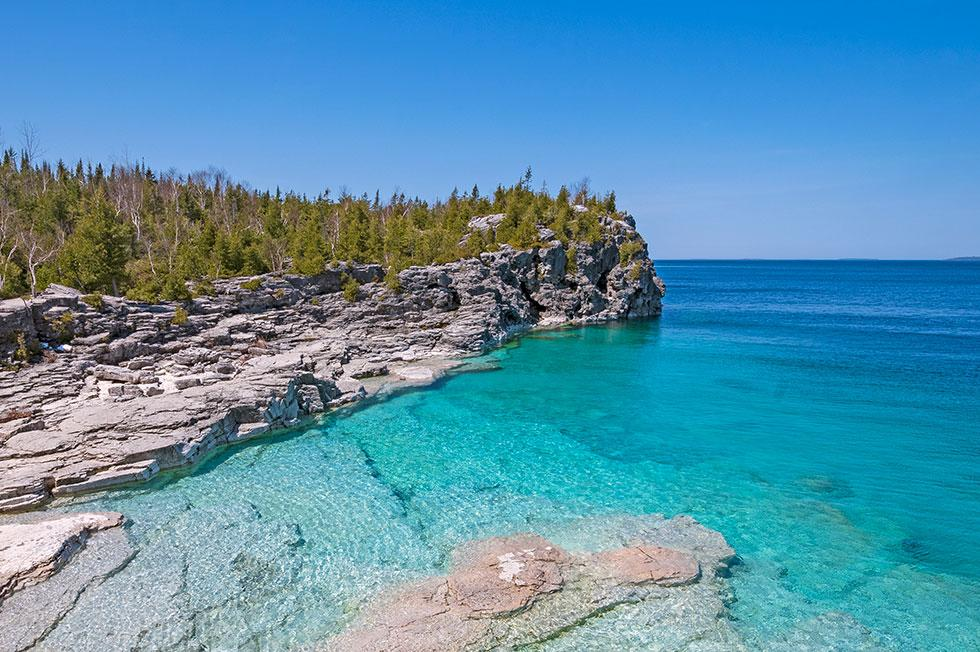 A scenic view of the Bruce Peninsula waterfront.